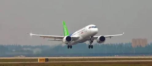 某飞机制造企业员工在交大慧谷培训CATIA课程